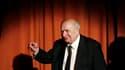 """Le metteur en scène Claude Chabrol, auteur d'une soixantaine de films, grande figure du cinéma français et représentant du courant de la """"Nouvelle vague"""", est mort dimanche à l'âge de 80 ans. /Photo d'archives/REUTERS/Fabrizio Bensch"""