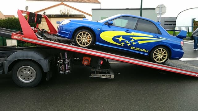 La Subaru WRX STI interceptée par les gendarmes