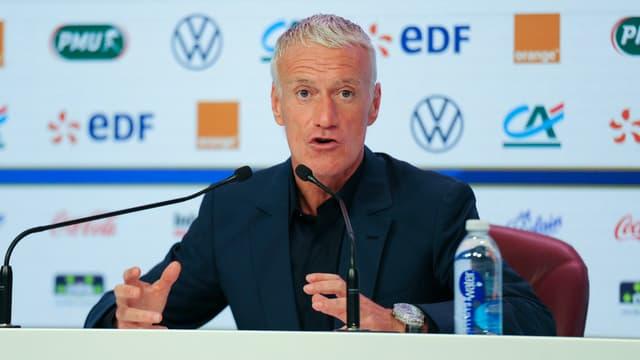 Didier Deschamps répond aux questions des médias avant Islande-France