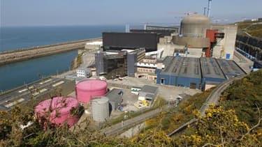 Le chantier du réacteur EPR de Flamanville, dans la Manche. La France ne remettra pas en cause la construction de ces réacteurs nucléaires de nouvelle génération malgré la décision allemande de sortir du nucléaire d'ici 2022, a assuré mardi le ministre de
