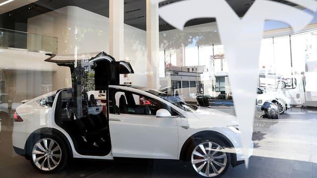 Tesla compte arriver à 50.000 livraisons au premier semestre 2017.