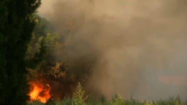 Un incendie dans le Gard (photo d'illustration)