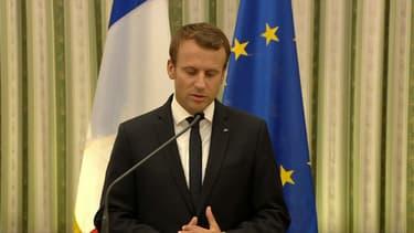Emmanuel Macron jeudi midi à Athènes.