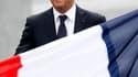 """François Hollande a vivement critiqué samedi à la direction de PSA Peugeot Citroën dont il juge """"inacceptable"""" le plan de restructuration dévoilé cette semaine. /Photo prise le 14 juillet 2012/REUTERS/Charles Platiau"""