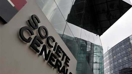Au 10e jour du procès, la défense de l'ancien trader de la Société générale Jérôme Kerviel a contesté que son client ait mis la banque en danger de faillite en 2008 avec ses positions de 50 milliards d'euros sur les marchés. /Photo d'archives/REUTERS/Phil