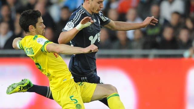 Florian Thauvin en duel avec Olivier Veigneau a marqué à Nantes
