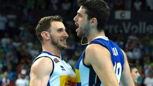 L'Italie de Fabio Balaso et Daniele Lavia sur le toit de l'Europe, après leur victoire sur la Slovénie à Katowice, le 19 septembre 2021