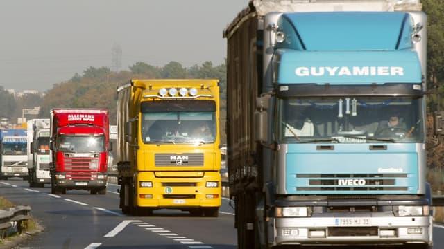 Les routiers réclament la suppression totale du péage transit poids-lourds.