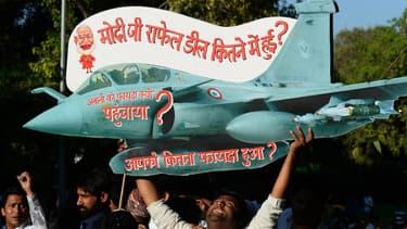 A un an des élections, le gouvernement indien veut éviter un polémique comme celle de 2016 lorsqu'il a été accusé par l'opposition de n'avoir pas obtenu d'accord sur le transfert de technologies.