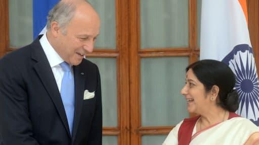 Laurent Fabius, le ministre des Affaires étrangères, en compagnie de Sushma Swaraj, son homologue indienne.
