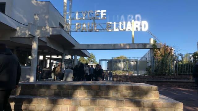 "Le lycée Paul Eluard en ""journée morte"""