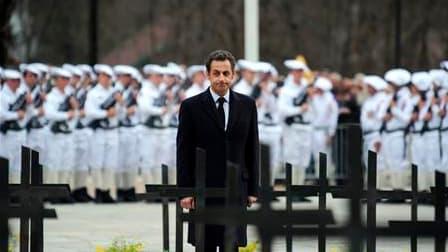 Nicolas Sarkozy s'est à nouveau imprégné du souvenir de la Résistance, ce jeudi sur le plateau des Glières, alors qu'il est ébranlé par la déroute de sa majorité aux élections régionales et l'affaire des rumeurs sur son couple. /Photo prise le 8 avril 201