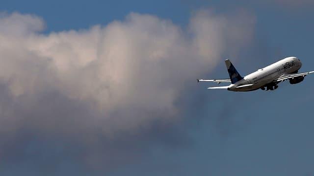 Un avion décolle à l'aéroport JFK, à New York. (photo d'illustration)