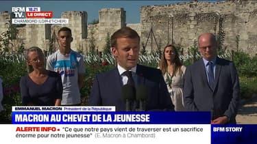 """Emmanuel Macron annonce """"accroître de 100.000 le nombre de services civiques à la rentrée"""""""