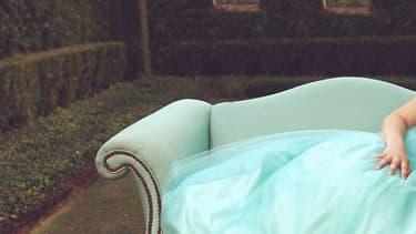Andrea Sierra, atteinte d'un cancer du sang, prend la pose dans une robe de princesse
