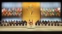 Lors de la cérémonie de clôture du 25e sommet France-Afrique, à Nice. La France s'est engage à cette occasion à aider le continent africain à obtenir une plus grande place sur la scène internationale et s'est assuré en retour son soutien sur des thèmes co