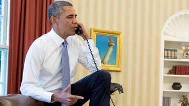 Barack Obama, expert en pieds sur le bureau.