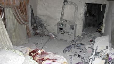 Le conflit syrien a débordé samedi sur le nord du Liban, où les forces gouvernementales de Bachar al Assad ont bombardé plusieurs villages, faisant 5 morts, alors que des rebelles syriens avaient franchi la frontière pour se mettre à l'abri, selon des hab