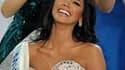 Ivian Sarcos, 21 ans et représentante du Venezuela, a été sacrée Miss Monde dimanche soir à Londres devant 122 autres candidates. /Photo prise le 6 novembre 2011/REUTERS/Paul Hackett