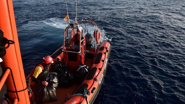 Avec plus de 7.600 arrivées par la mer dont 237 morts pendant la traversée du début de l'année au 30 mai, l'Espagne est la troisième porte d'entrée de l'immigration illégale en Europe.
