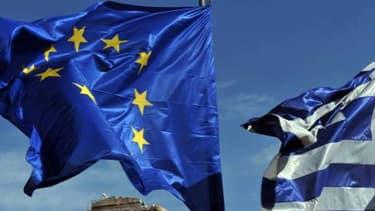 La Grèce revendique l'allègement du poids de sa dette, en vertu d'engagements pris par ses partenaires européens en 2012.