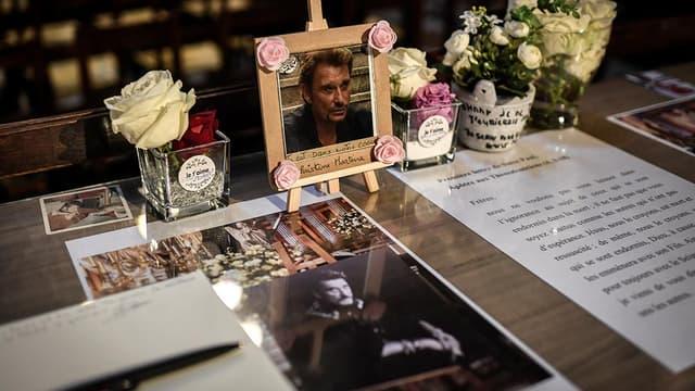 Le 9 avril 2018, lors d'une messe en hommage à Johnny Hallyday, à l'église de la Madeleine.