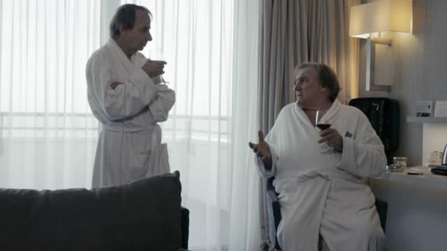 Houellebecq et Depardieu dans Thalasso