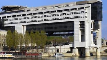 Bercy est l'un des ministères qui emploie le plus de non-titulaires