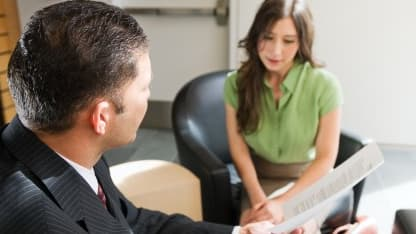 Le niveau des embauches en CDD est resté stable, proche de son record, au troisième trimestre 2013.