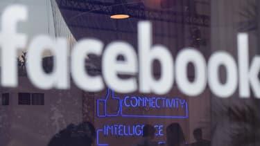 Facebook avait suscité l'indignation lorsqu'il était apparu que la société n'avait payé que 4.327 livres d'impôts sur les sociétés au fisc britannique, en 2014.