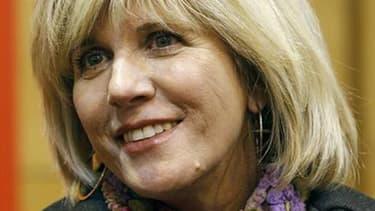 La députée des Bouches-du-Rhône Sylvie Andrieux, réélue dimanche, ainsi qu'une vingtaine de co-prévenus seront jugés du 19 novembre au 7 décembre par le tribunal correctionnel de Marseille pour des faits présumés de détournement de fonds publics. Le Parti