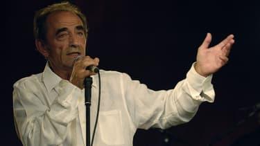 Richard Bohringer sur scène, à Paris.