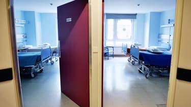Deux chambres d'hôpital
