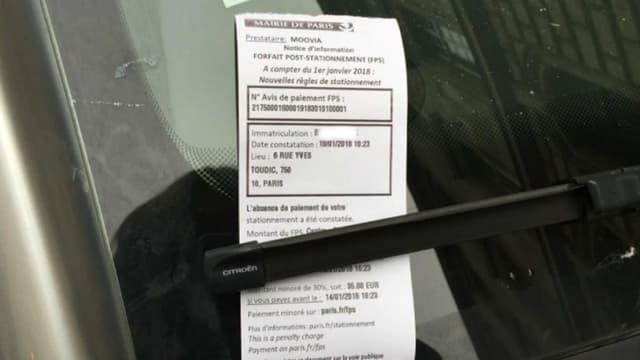 Un FPS déposé sur un pare-brise, depuis le 1er janvier ils remplacent les ex-PV de stationnement.