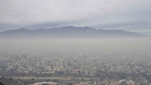 Vue panoramique de Santiago le 21 juin.