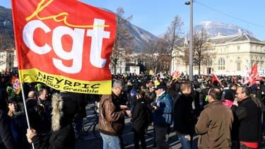 Les syndicats réclament pour les salariés des augmentations de salaires et des primes exceptionnelles.