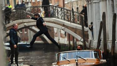 """Sur les canaux de Venise, Tom Cruise masqué pour """"Mission impossible 7"""""""