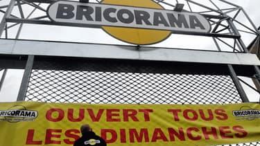Banderole sur un magasin Bricorama à Lille le 3 janvier 2014.