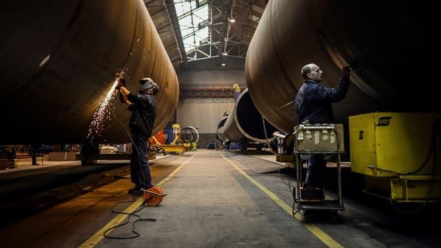 Depuis 2011, le coût du travail augmente moins vite en France qu'en Allemagne. Pourtant, c'est toujours outre-Rhin que les exportations progressent le plus.