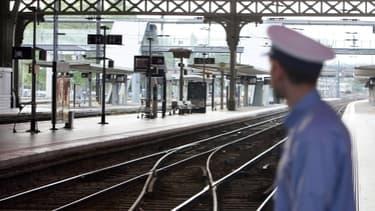 Au 9eme jour de grève, le patron de la SNCF fait le bilan des coûts.