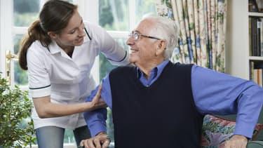 La maladie d'Alzheimer est une lente dégénérescence des neurones, qui débute au niveau de l'hippocampe.