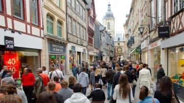 Les Français sont plus optimistes sur le redressement économique de la France mais veulent que les réformes s'accélèrent