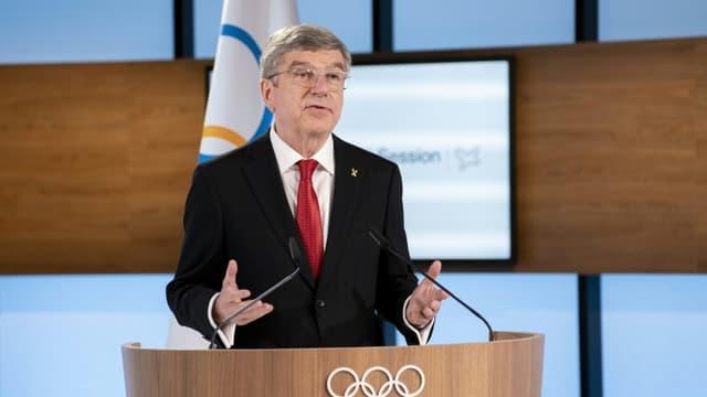 Le président du Comité international olympique, Thomas Bach, ouvrant la 137e session du CIO qui se tient virtuellement à Lausanne (Suisse), le 10 mars 2021.