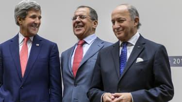Les chefs de diplomatie John Kerry (Etats-Unis), Sergueï Lavrov (Russie), et Laurent Fabius (France), après la signature de l'accord sur le nucléaire iranien.
