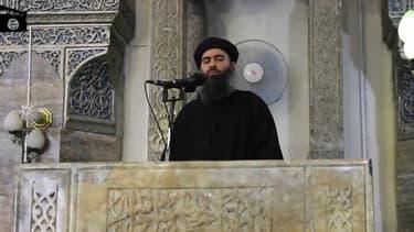 Abu Bakr al-Baghdadi dans une vidéo de propagande de l'État islamique diffusée le 5 juillet 2014