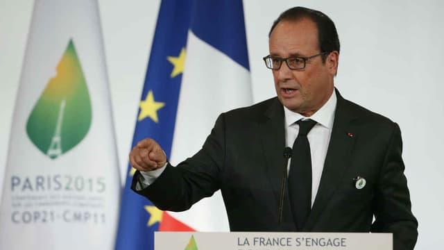"""Discours de François Hollande, Président de la République au Palais de l'ELysée -  10 septembre 2015 - """"La France s'engage. En avant la COP21""""."""