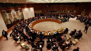 Lors de la réunion du Conseil de sécurité des Nations unies sur la Syrie, mardi. La Russie prévient qu'elle opposera son veto à une résolution de l'Onu exhortant le président syrien Bachar al Assad à démissionner si le texte n'est pas assorti d'un rejet e