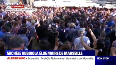 Premier bain de foule à Marseille pour la nouvelle maire de la ville, Michèle Rubirola
