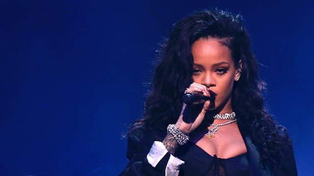 Rihanna sur scène le 31 janvier 2015