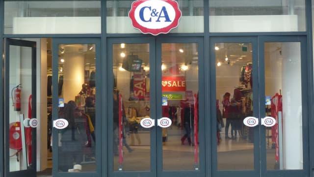 Moins de 100 personnes sont concernées au total par les 13 cessions de magasins C&A en France.